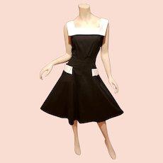 Vtg 1950-60 Black/white full sweep cotton dress  pockets metal side zipper