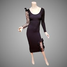 Vtg Black Scrunchie body con dress with lace and ruffle details