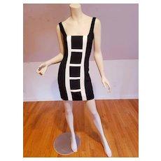 Black/white little black wiggle dress crepe