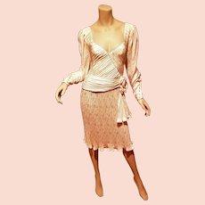 Haute Couture Numbered Emanuel Ungaro Silk Plise' Eggshell evening dress side flower wing