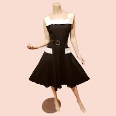 Full Circle 1950's Black/White Cotton dress open pockets & Patent leather buckle belt
