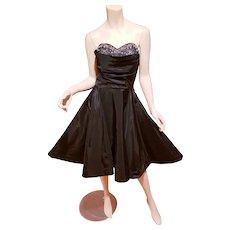 Strapless 1950's Film Wardrobe Taffeta dress Rhinestones & Pearls full sweep