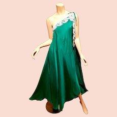 Vtg one shoulder 3 way Toga Emerald dress heavy embellished