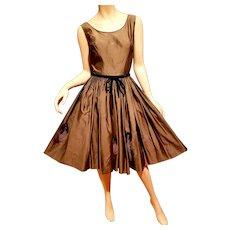 Vtg 1950's Rockabilly Sharkskin fit and flare pinup dress