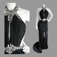 Vtg Embellished Evening gown Dramatic open concept w/train