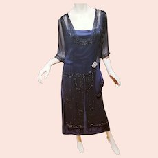 Antique Museum 1910 Flapper silk Tabard Dress Heavily beaded with Onyx