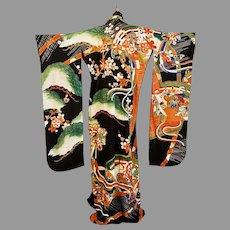 Antique Japanese silk hand painted embroidered Kimono Robe Wedding