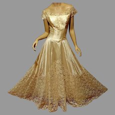 Vtg 1950 French Lace  Wedding Gown silk shantung Train & Hat