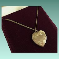 "Vintage Tricolor Gold-filled Heart Pendant with 18"" Chain ~ Display Two Pictures"