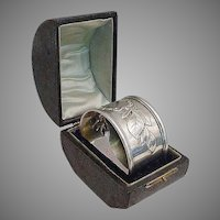 "Grandest Antique Silver Napkin Ring  "" Presentation Hinged Box"""