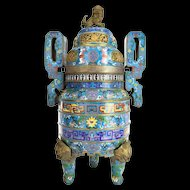 1900 CHINESE CLOISONNE TRIPOD CENSERS.