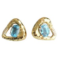 "Beautiful 14KARAT Blue Topaz Hammered Earrings '""STUNNING SHAPE"""