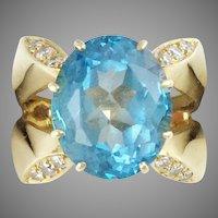 Gorgeous  14K  Blue Topaz Diamond Ring
