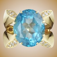Gorgeous  14K  Blue Topaz Diamond Ring