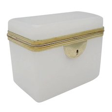 """Antique French White Opaline Hinged Casket  """"BEAUTIFUL"""""""