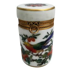 """Charming Antique French Hand painted """" BIRDS"""" and Flowers on White Opaline Hinged Box ~ Fancy Gilt Mounts and Bow Wreath Lift Clasp"""