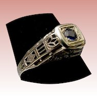 Beautiful 18Karat  Sapphire and Filigree Ring