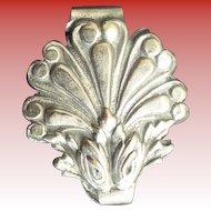 Pretty Vintage Estate  Ornate Silver plate Chatelaine Belt Clip