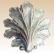 BIG LEAF  Vintage Estate  Silver plate  Chatelaine Belt Clip