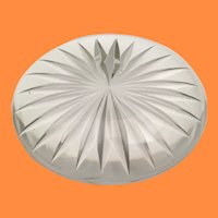 Very Fine Beautiful  Crystal Paper Weight ~ Superior Quality