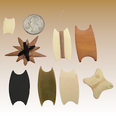 Great Group Antique Winders ~ 8 Thread Winders Includes Early Plastic, Bone, and Wood ~ Wonderful Selection of SIZES