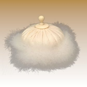 """Delightful Antique French  4"""" Swan's down  Powder Puff  ~ Silk Top and Beautiful Celluloid Finial ~"""