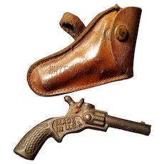 Vintage Waterloo Iowa Cap Gun & Leather Holster Doll Accessory Miniature