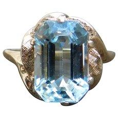 Vintage Aquamarine Ring 4.0 Carat Aquamarine Engagement Ring Vintage Aquamarine Ring 14k Yellow gold ring
