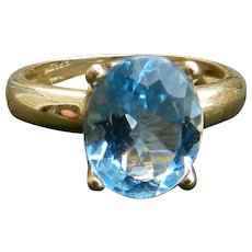 Vintage H. STERN Topaz Ring 3.5 Carat Sky Blue Topaz Engagement Ring Vintage Ring 18k yellow gold ring