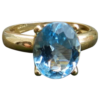 Vintage H. STERN Topaz Ring 3.5 Carat Sky Blue Topaz Engagement Ring Vintage Ring 18k yellow gold ring
