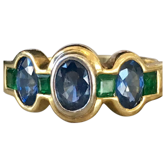 Vintage Sapphire Ring 18k Yellow Gold with Natural Sapphires and be Emeralds 1.5cttw Ceylon Sapphires  0.5cttw Columbian Emeralds