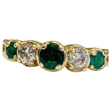 Vintage Emerald Engagement Ring 0.20cttw Diamond 0.30cttw Natural Emerald 14k yellow gold Ring