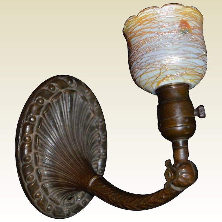 Aladdin Cast Iron Wall Sconce With Durand Art Glass Shade Hollin