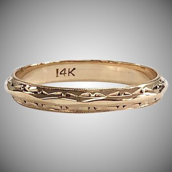Vintage 14K Yellow Gold Band with Milgrain and Etching