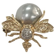 Cultured Pearl Bee Pin/Brooch in 14K Yellow Gold with Diamond Cluster