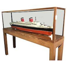 Model of SS United States ocean liner.
