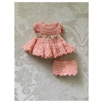 Small Peach Crochet Doll Dress and Panties for All Bisque