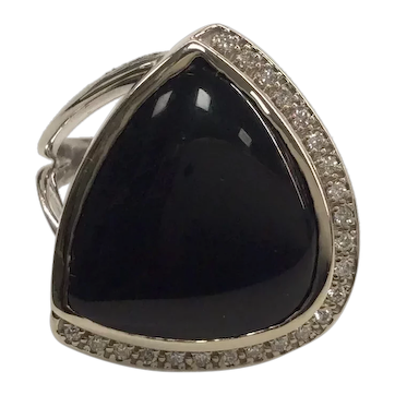 14K Modern Onyx Diamond Ring