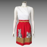 Vintage 1960s John Wolf Tabby Cat Kitten Kitty Cotton Novelty Print Apron Red Gold White