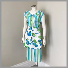 Vintage 1960s Novelty Print Veggies Apron White Blues Greens