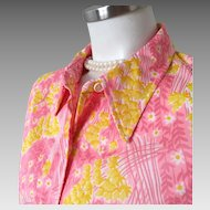 Vintage 1960s Vera Ladybug Bright Floral Print Blouse White Yellow Daisies on Pink
