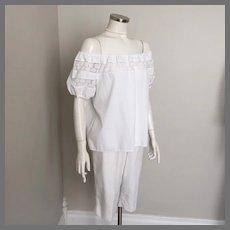 Vintage 1960s White Cotton Peasant Top Blouse with Floral Lace Trim M L