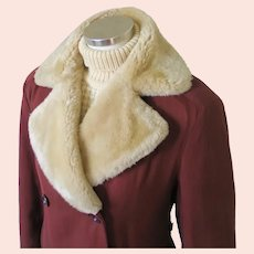 Vintage 1940s Minnesota Russet Brown Double Breasted Gabardine Winter Storm Coat with Mouton Fur Collar M