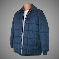 Vintage 1970s Quilted Navy Blue Nylon Jacket with Cozy Faux Fur Lining M