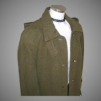 Vintage 1980s Moss Green Heavy Winter Wool Llama Fiber Designer Coat from Russia L XL