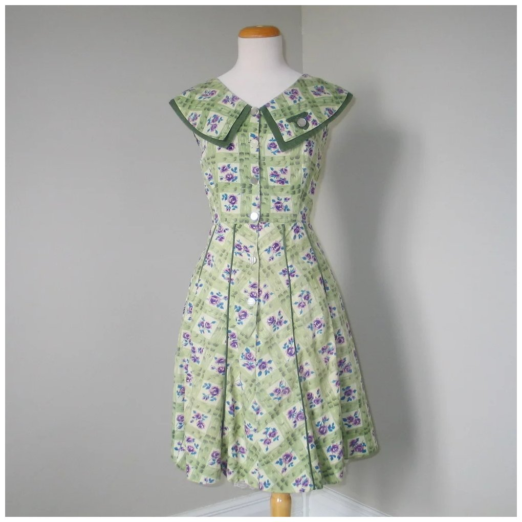 Vintage 1940s 1950s Day House Dress Olive Green Purple