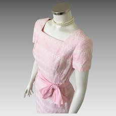 Vintage 1960s Pink Spring Dress with White Lace and Embroidery Squared Neckline XS S