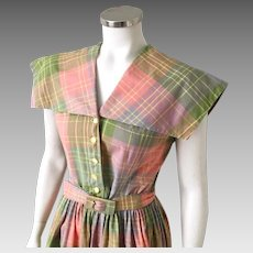 Vintage 1960s Coral Olive Gray Plaid Dress with Enormous Collar M