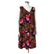 Vintage 1970s Dark Floral Aloha Shift Dress with  V Neckline M L