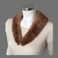Vintage 1950s 1960s Dirty Blonde Light Brunette V Neck Mink Fur Collar